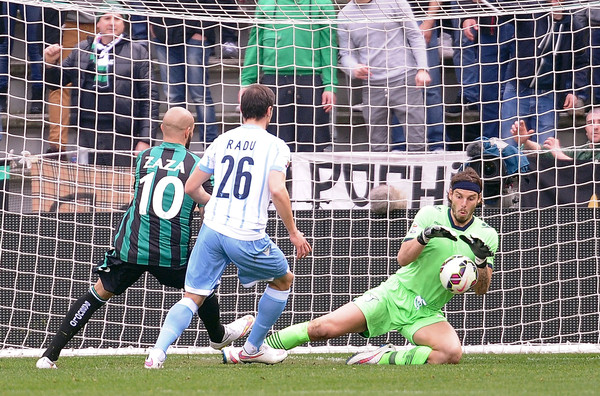 federico marchetting plays with lazio ball against sassuolo serie a 2015