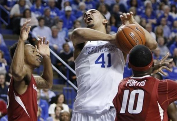 kentucky wildcats beat arkansas ncaa 2015