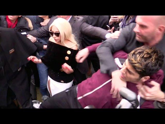 lady gaga bodyguard choking air from fan 2015 gossip