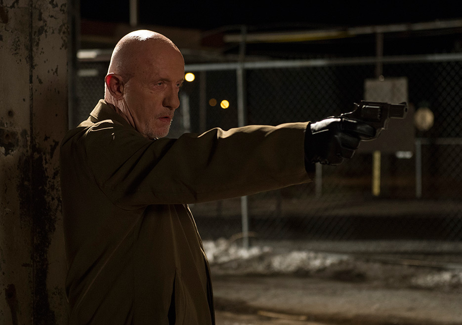 mike shooting bad cops on better call saul 2015