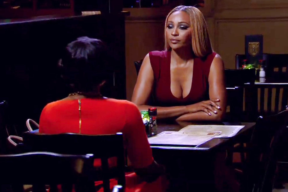 phaedra walks out on cynthia meeting rhoa 2015