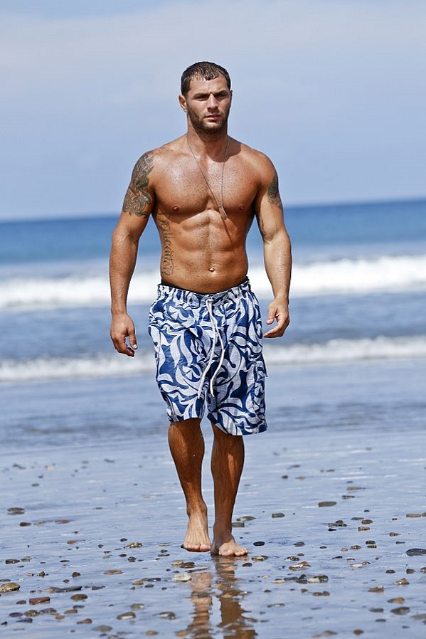 rodney lavoie survivor worlds apart shirtless 2015 image
