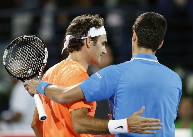 roger federer holding novak djokovic for indian wells 2015