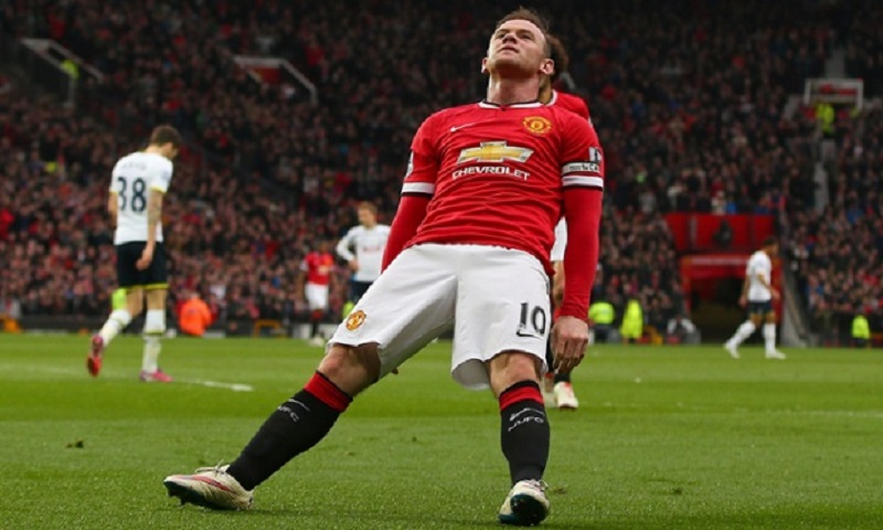spurs lose to manchester united wayne rooney bulge falling 2015