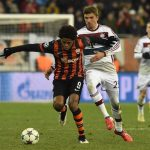 thomas muller bayern munich fighting to beaet shakhtar donetsk 2015