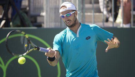 victor troicki struggles with kei nishikori at 2015 miami open masters