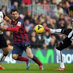 barcelona beats off valencia la liga soccer 2015
