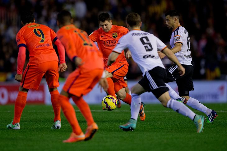 la liga week 32 recap images real madrid with barcelona 2015