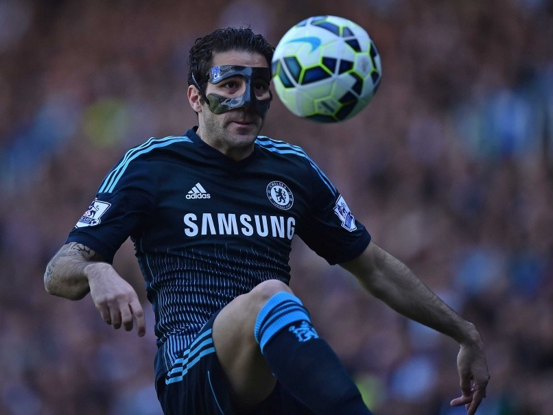 chelsea cesc fabregas beats off queens park rangers premier league 2015