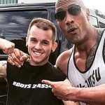 dwayne rock johnson hugs Hodgkin's Lymphoma fan 2015 gossip