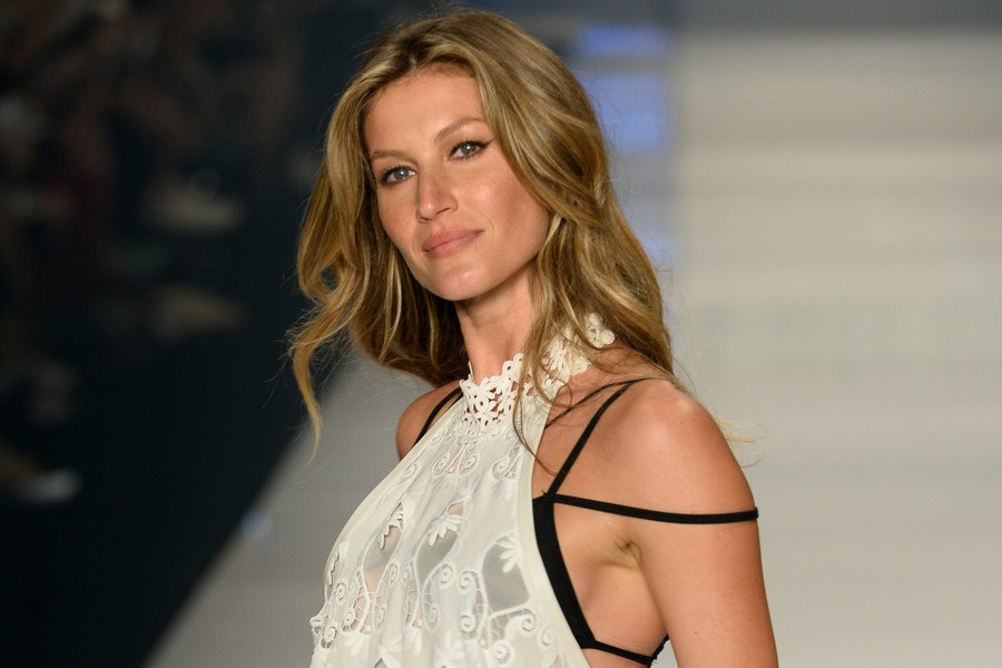 gisele bundchen retires from runways 2015 gossip