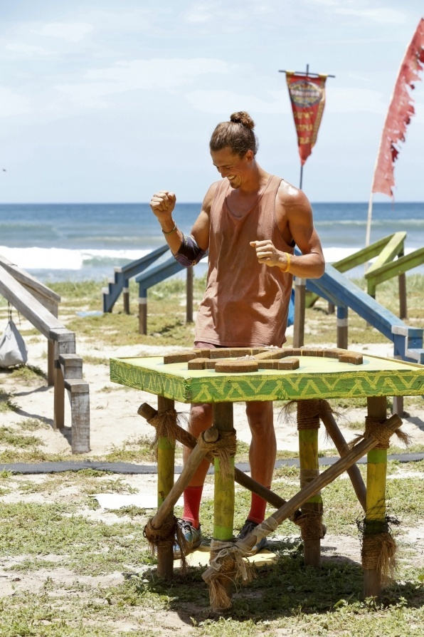 survivor worlds apart ep 8 hali voted out images 2015