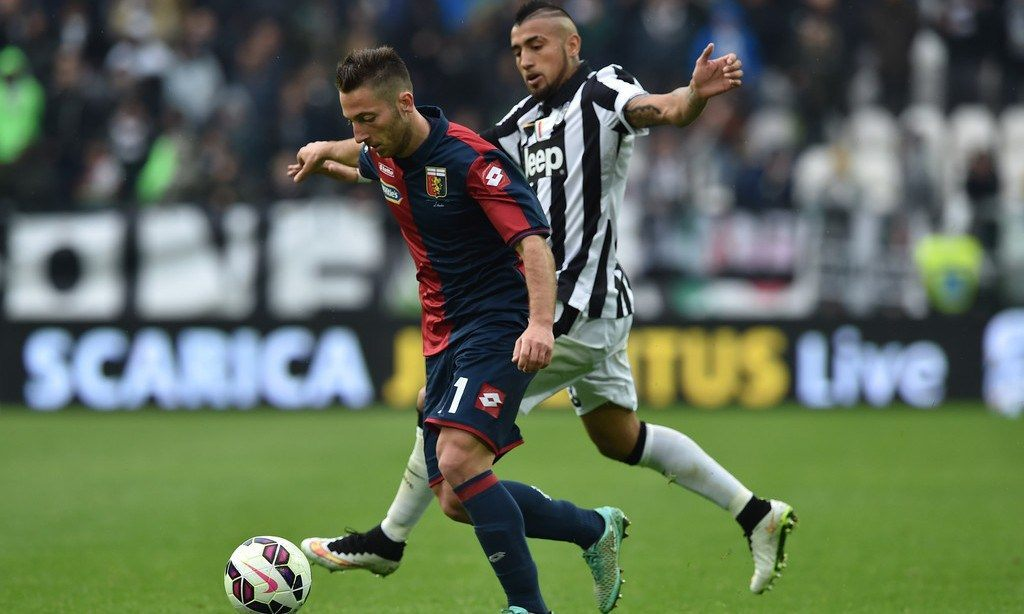 juventus beats empoli serie a soccer 2015