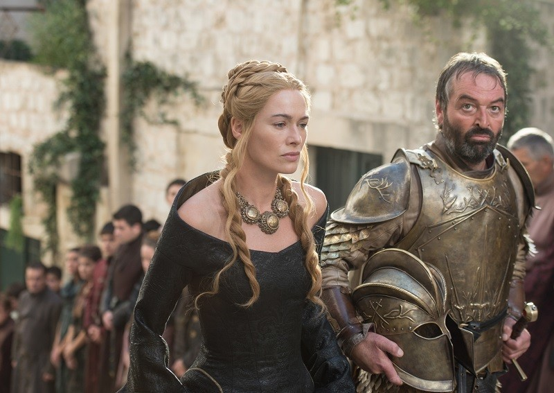 lena heady cersei walking queen on game of thrones 501 images