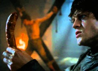 ramsey snow torturing man with his package game of thrones 2015 revenge