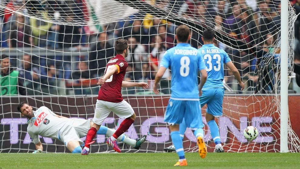 roma beats napoli serie a soccer 2015