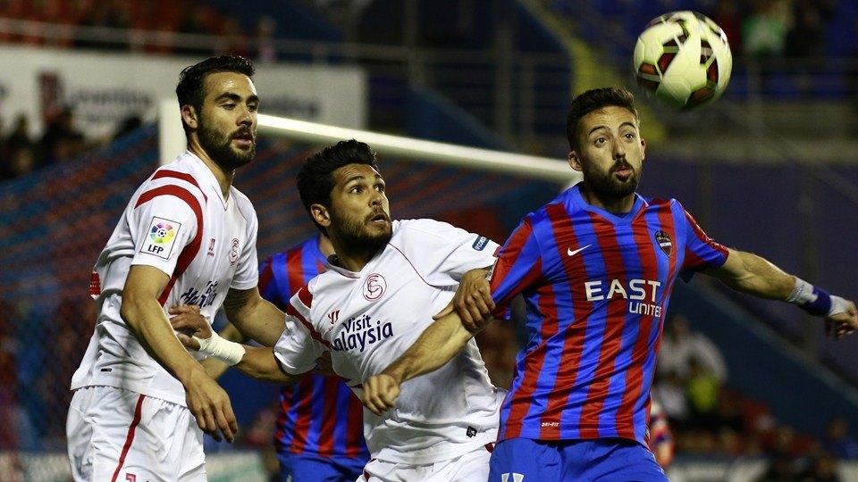 la liga week 30 valencia sevilla images 2015