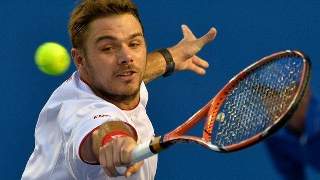 stan wawrinka serving back tenns 2015