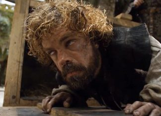 tyrion drunk falling out of box on game of thrones 2015