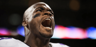 adrian peterson goes on angry twitter rant about vikings fans 2015