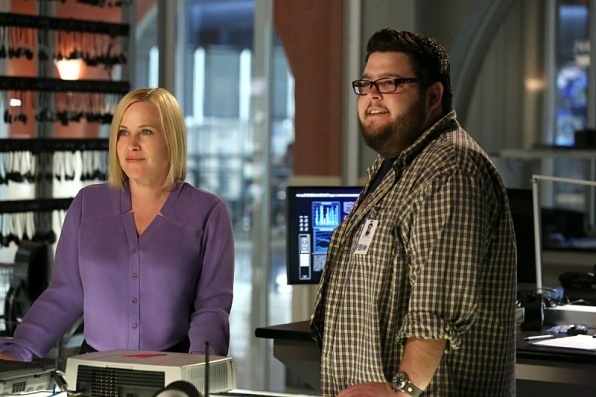 csi cyber ghost in machine recap 2015 images 596×397-001