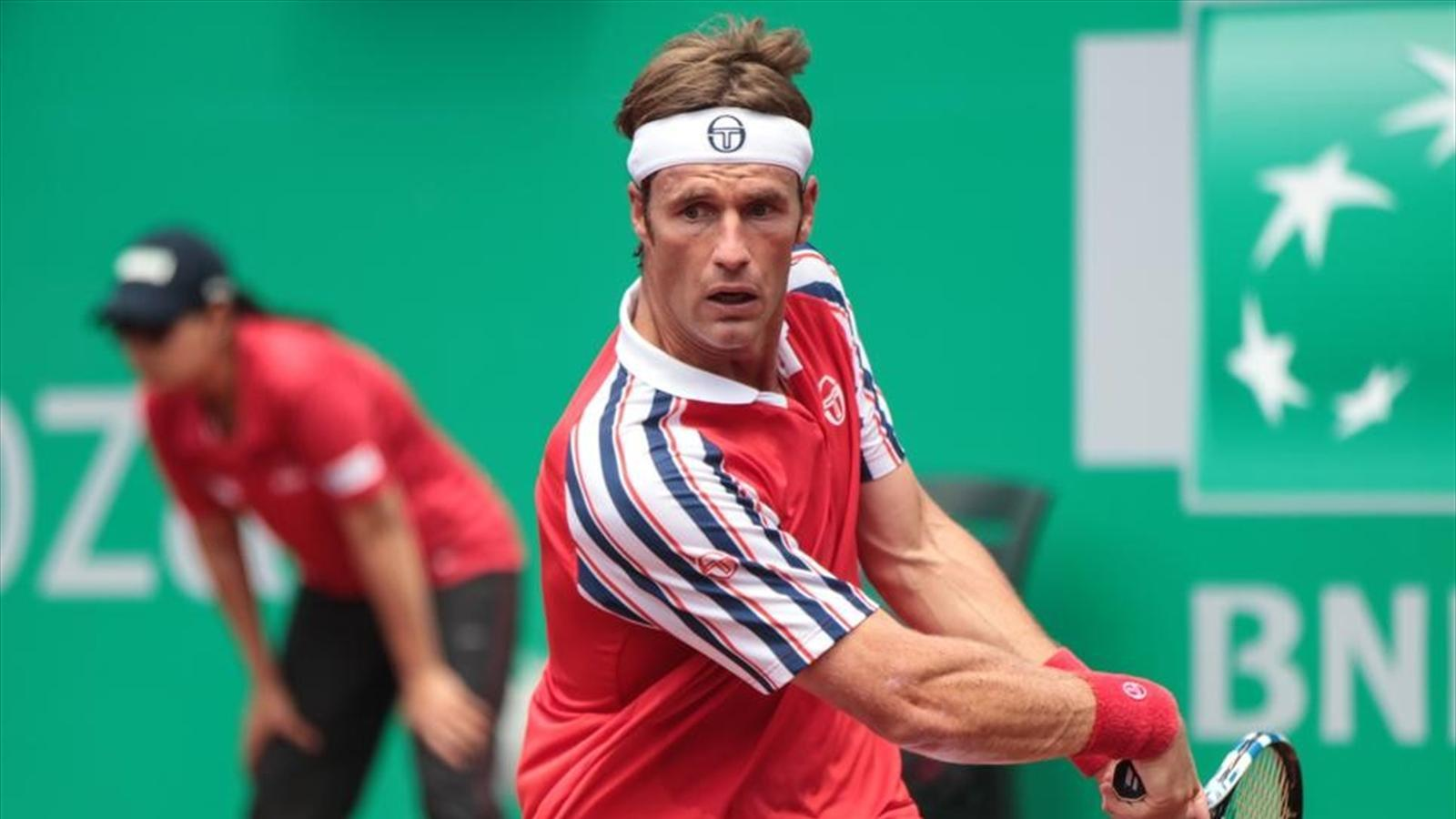 gimeno loses to david ferrer bulge french open 12015