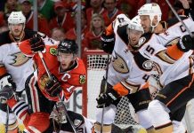 jonathan toews helps chicago blackhawks win game 7 stanley cup finals 2015