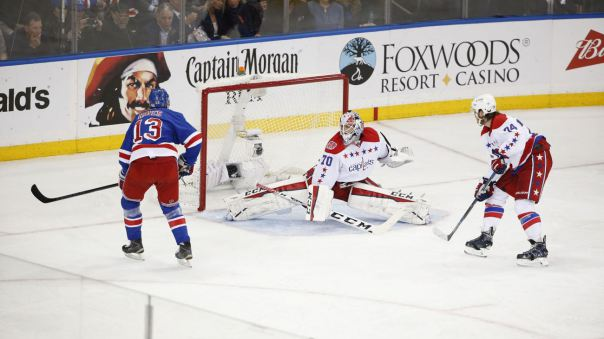kevin hayes scores for rangers win 2015 stanley cup playoffs