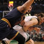 kevin love injured by kelly olynyk nba 2015
