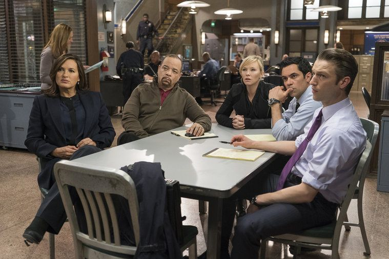 law order svu surrendering noah images 2015 759×506