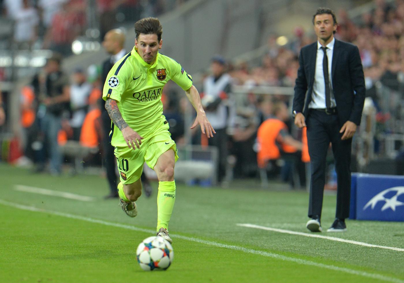 la liga week 37 soccer barcelona images 2015