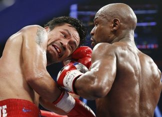 manny pacquiao taking it hard from floyd mayweather 2015