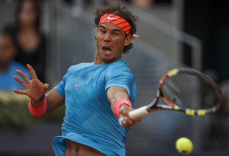 rafael nadal returning to andy murray at 2015 madrid open finals