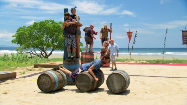 survivor worlds apart ep 10 russian roulette images 2015 596×335-033