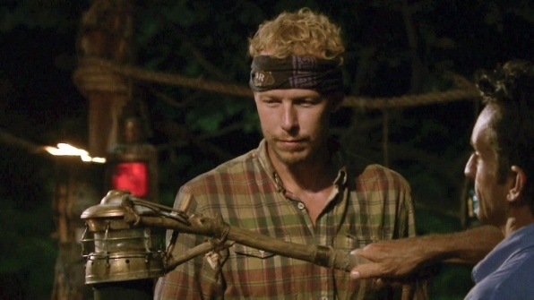 survivor worlds apart ep 11 tyler out 2015 596x335-005