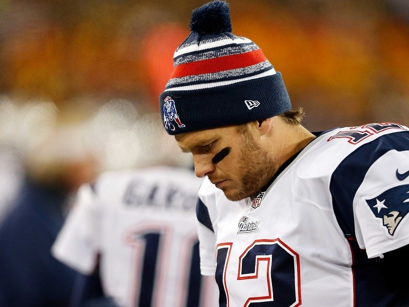 tom brady suspended four games for deflategate 2015