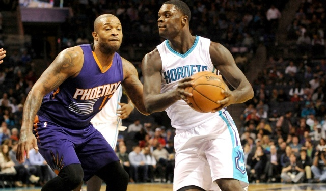 clippers hornets swap lance stephenson hawes nba 2015