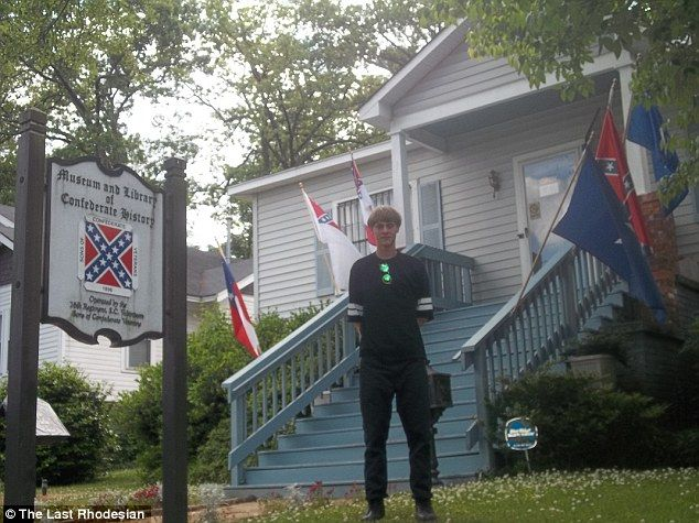 dylann storm roof hate crime photos 2015