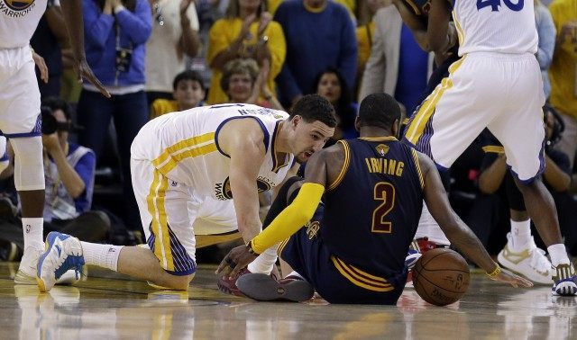golden state warriors beat cleveland cavaliers 2015 nba finals