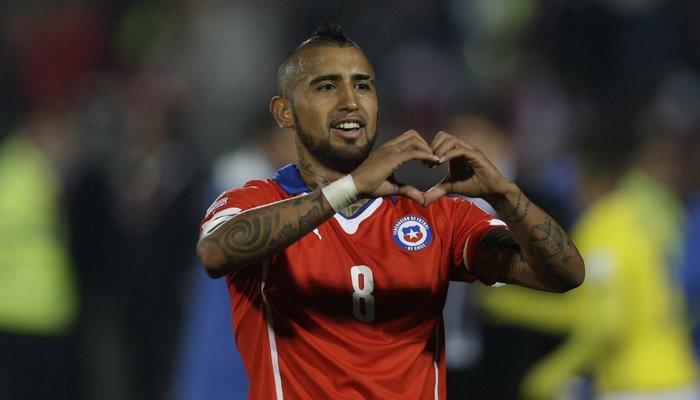 Arturo Vidal joins bayern munich 2015 soccer