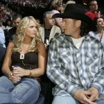 blake shelton ends with miranda lamber 2015 gossip