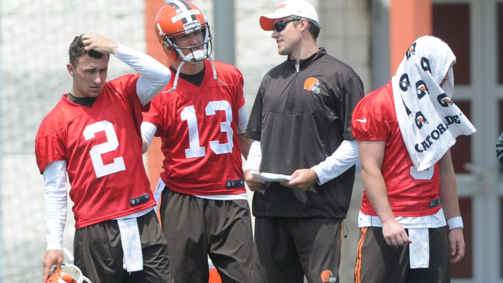 cleveland brown back to form with johnny manziel camp problems 2015 images