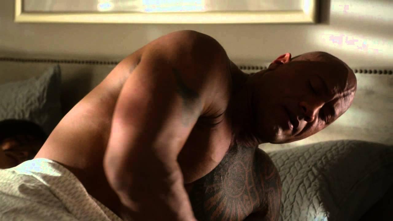 dwayne johnson ballers ep 101 recap images 2015 shirtless