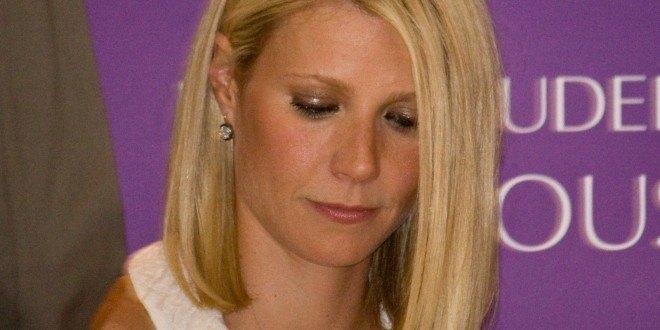 gwyneth paltrow sad for chris martin parenting 2015 gossip