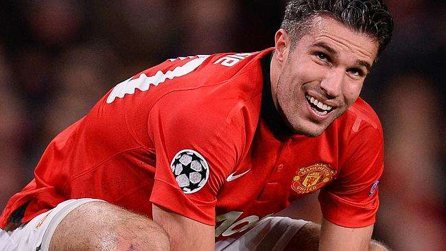 mancheter united sells robin van persie to old trafford soccer 2015 images