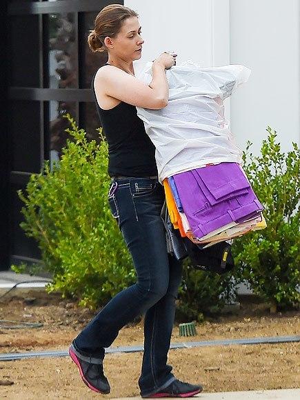 scott disick assistant moving him out of kourtney kardashian home 2015 gossip
