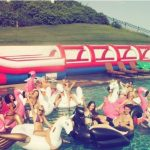 taylor swift swan party for holiday 2015 calvin harris