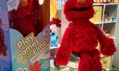 Play All Day Elmo In And Out Of Box 2015 hottest kids toys