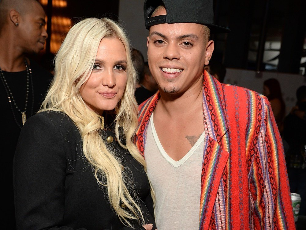 ashley simpson evan ross jagger snow baby name 2015 gossip