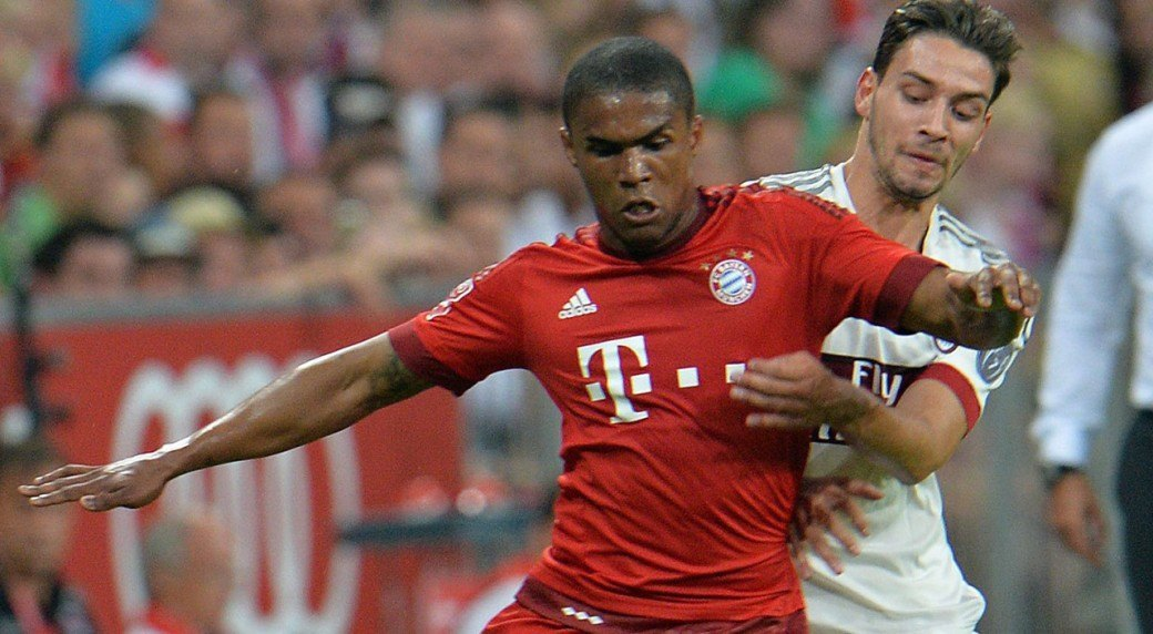 douglas costa bayern dortumund wins for bundesliga soccer 2015